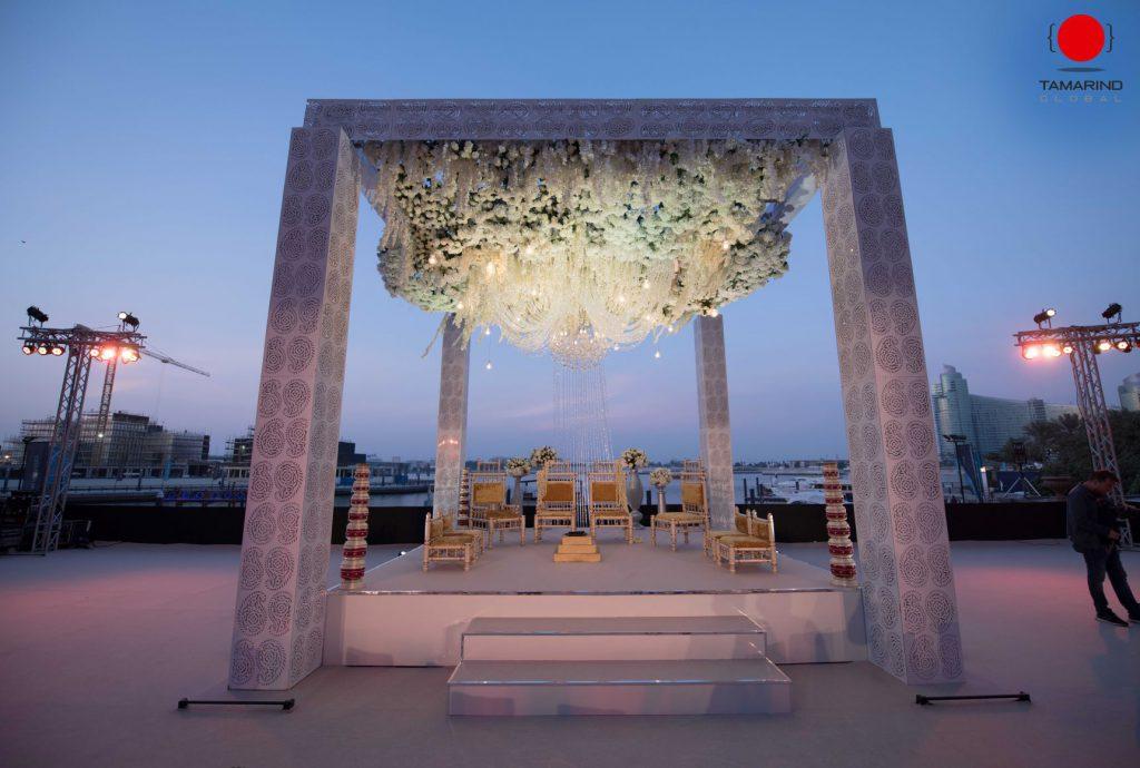 Dubai- 1st image(Destination wedding in Dubai) & featured image